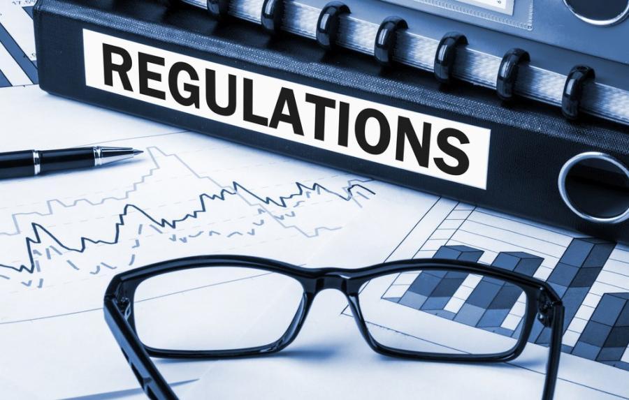 Как правовое регулирование влияет на курс криптовалют